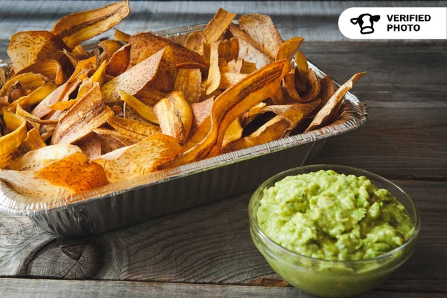 Venezuelan-Style Chips & Guac