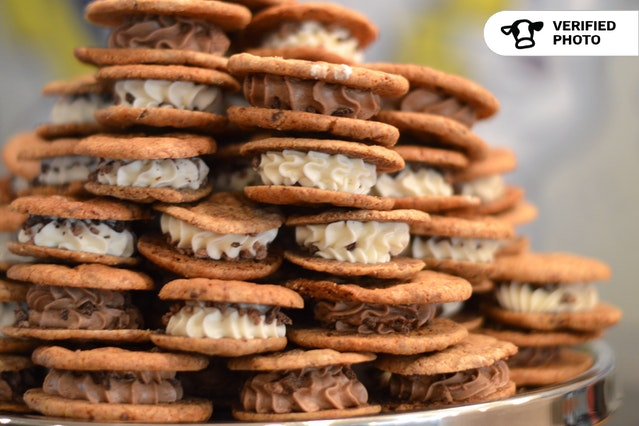 Big-Flavor Cookie Sandwiches!