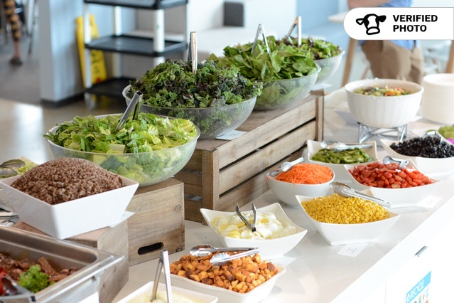 Simple DIY Salad Bar