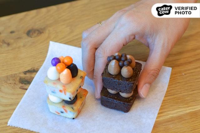 Halloween Minnie Cakes