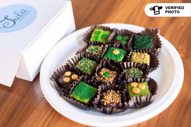 Individually Packaged Bite-Sized St. Paddy's Dessert Bars